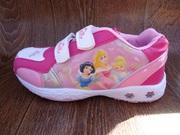 Кроссовки для девочки Disney. Не дорого.