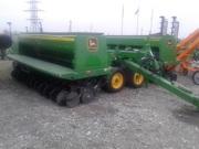 В продаже сеялка зерновая John Deere 455